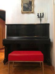 Klavier von Jost ca 90