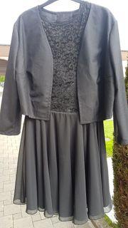 Schwarzes Kleid Größe XL