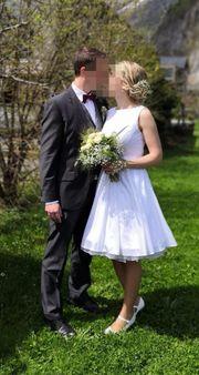 Kurzes Brautkleid Standesamt weiß