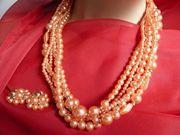 Halskette - wunderschön gearbeitet - mit passenden