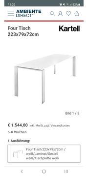 Designer Tisch der Firma Kartell