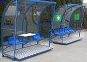 Trainerbänke überdacht - Coachbänke