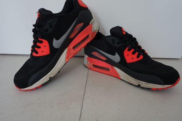 Nike Air Max 90 schwarzpink EU 44 US 10 getragen used gay