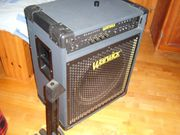 E-Bass Verstärker und E-Bass-Koffer