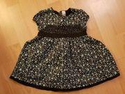 Schönes Kleiderpaket Größe 74 Mädchen
