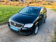 Volkswagen Touran 1 9 TDI - DSG
