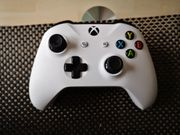XBOX Wireless Controller Weiss