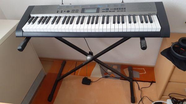 Keyboard Casio CTK-1300 neuwertig für