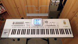 Keyboards - Korg Pa2X Pro Entertainer - Keyboard