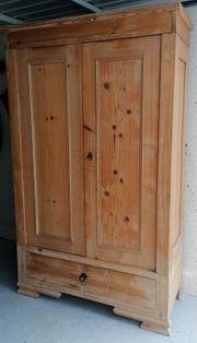 Garderobenschrank Weichholz von Antikmarkt