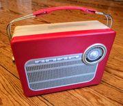 Schöne Blechdose Retro Radio nagelneu