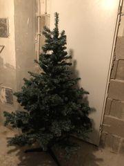 Künstlicher Tannenbaum 2 Christbaumständer und