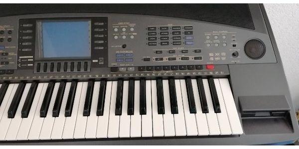 Keyboard Yamaha Psr8000