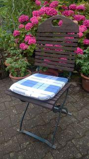 2 bis 6 Bistro-Gartenstühle klappbar