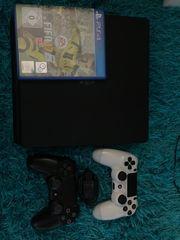 PS4 2 Controller und Fifa17