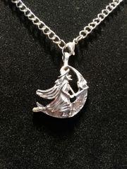Halskette kleine Hexe Edelstahl Silber