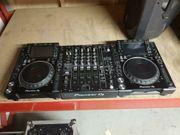 Pioneer DJM900NXS2 2 x CDJ2000NXS2