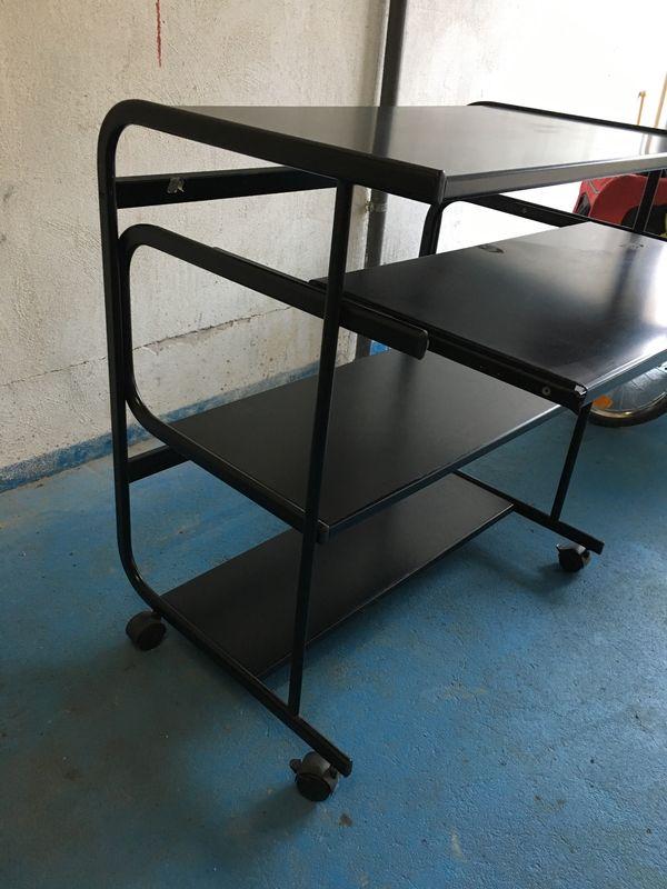 Computertisch schwarzes Metall