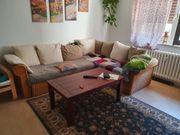 couch und tisch