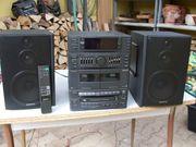2 Stereo-Kompakt-Hi-Fi-Geräte und Plattenspieler