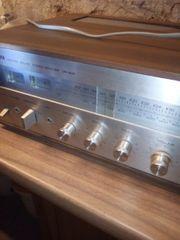Receiver Yamaha mit Radio 300