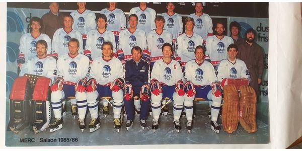 Signiertes Mannschaftsfoto MERC