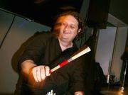 Erfahrener Drummer (36)
