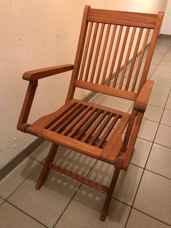 Teakholz Gartenmöbel-Set bestehend aus 4 Stühlen und 1 Tisch ...
