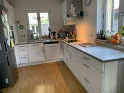 Weiße U L-Küche von Wellmann
