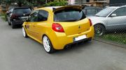 Renault Clio RS F1 R27