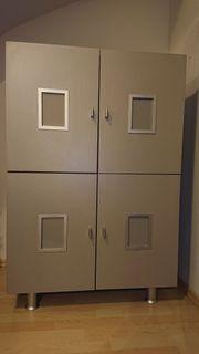 Schrank Flur 4 Türen silber