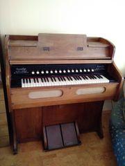 Harmonium Antiquität
