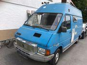 Renault Oldtimer Wohnwagen ausgebaut für