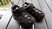 neuwertige Sandalen von Teva schwarz -
