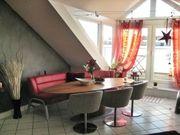 Helle Penthouse Wohnung mit Dachterrasse