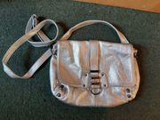 Handtasche silber unbenutzt neu