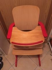 Babystuhl aus Holz