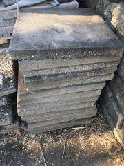 Betonplatten Waschbetonolatten Kieselsteine zu verschenken
