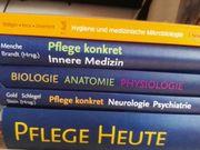 Fachbücher Pflege Neuwertig