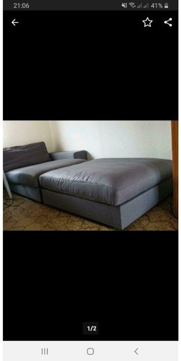 Neuwertiger Ottomane großer Hocker Couch