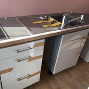 Anbauküche / Küchenzeile weiß