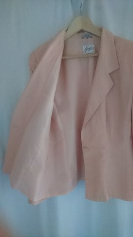 3-teiliges Kostüm Gr 38: Kleinanzeigen aus Petersaurach - Rubrik Sonstige Kleidung