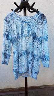 Feminine Tunika in wunderschönen Blau-Tönen