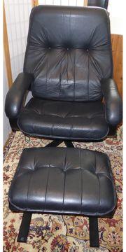 Verstellbarer Fernsehsessel aus schwarzem Leder