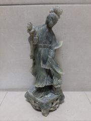 Jadestein Skulptur
