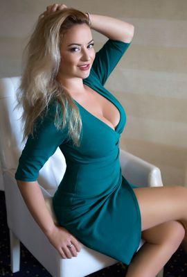 Bild 4 - Blonder erotisierender Vamp Nadja - Wien