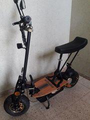E-Scooter 20 Km h und