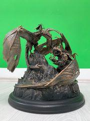 Statue aus der Mittelerde Schatten