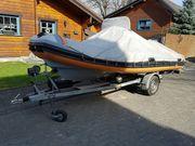 Schlauchboot mit Festrumpf Rib