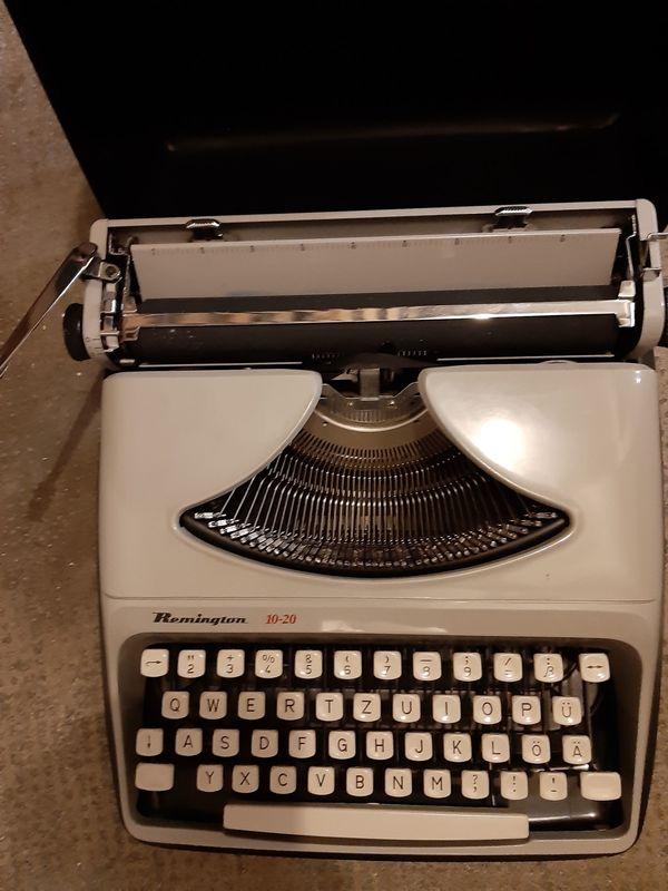 Remington-Schreibmaschine mit Koffer